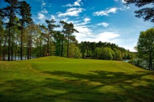 Reasons to Live in a Denver Golf Course - Mile High Home Pro
